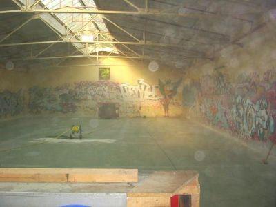Wheelers Halle beim Putzen